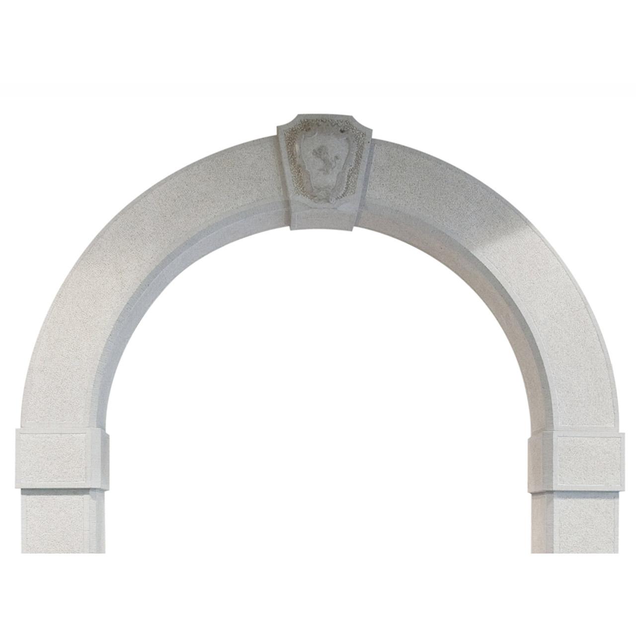 Particolare portale in pietra Lipica bucciardato e scalpellato