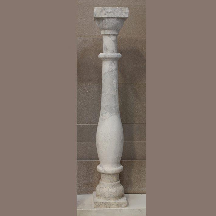 Colonnina per balaustra altezza 80cm in breccia irpina